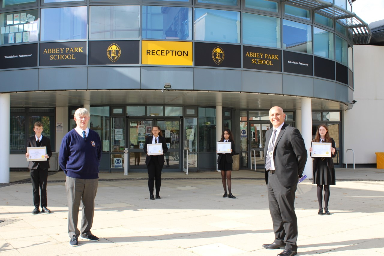 Recognition for APS students